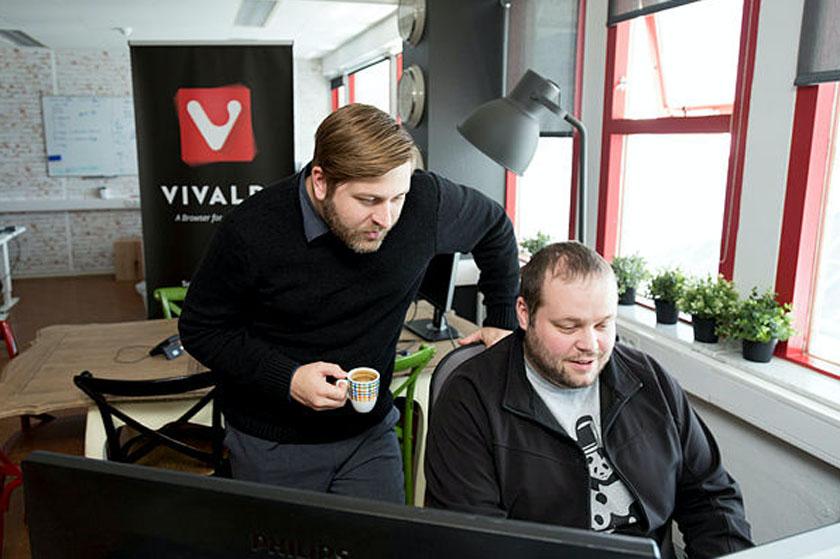 Equipa do Vivaldi no escritório em Reiquejavique