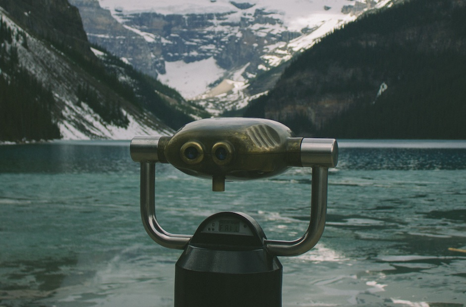 Fjord view with a lens. Source: Unsplash by dustin groh