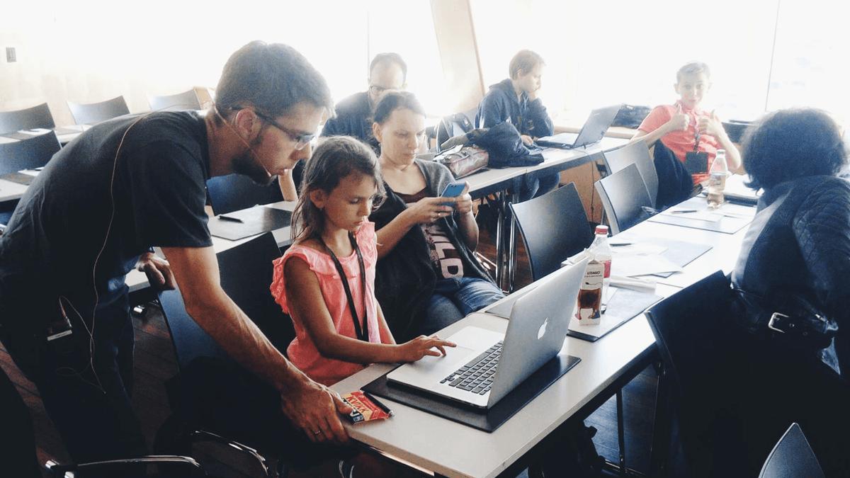 Teaching kids 3D modeling is a great idea | Vivaldi Browser