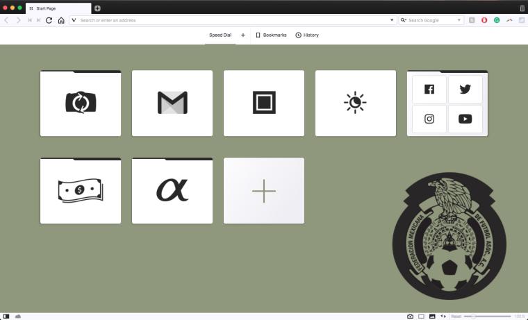 Customized browser theme in Vivaldi. Mexico